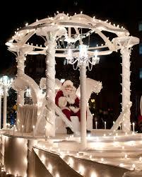 downtown norfolk grand illumination parade virginia is for lovers