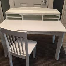 kidkraft avalon table and chair set white find more kidkraft avalon desk set with hutch and chair white for