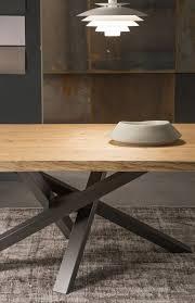 Esszimmertisch Vincent Rechteckiger Esstisch Aus Edelstahl Und Holz Shangai Tisch Aus