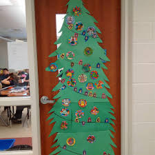 christmas door decoration contest