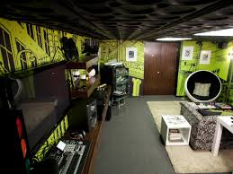 endearing images man cave bedroom for your inspiration ideas