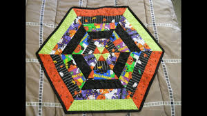 halloween table runner pattern halloween hexagon table topper youtube