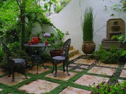 spanish style homes with courtyards small spanish style urban