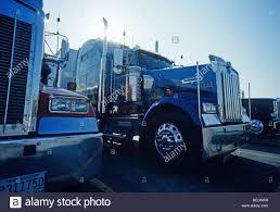 kenworth lkw kenworth lkw geparkt auf iowa 80 truck stop am interstate 80 in