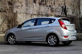 hyundai accent car review review 2013 hyundai accent crd a t carguide ph philippine car