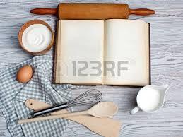 livre de cuisine vierge cuisine concept ingrédients et ustensiles de cuisine avec le vieux