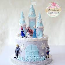 wedding cake kelapa gading frozen cake for aletheia chocolique