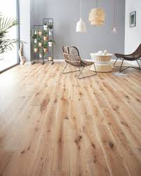 Whitewashed Laminate Flooring Discover My Latest Home Crush Wood Flooring By Woodpecker