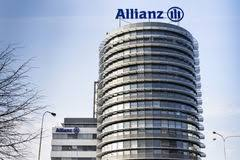 allianz banque siege social le logo financier et d assurance de groupe d allianz sur le bâtiment