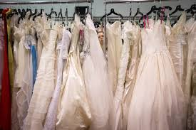 preowned wedding dresses tips for selling or buying a used wedding dress online lifestyle