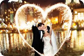 heart sparklers use heart sparklers to beautify your wedding