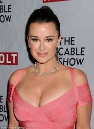 kyle richards hair extensions real housewives of beverly hills star kyle richards shows off