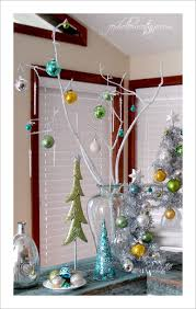 10 quick ideas for decorating with christmas ornaments fox