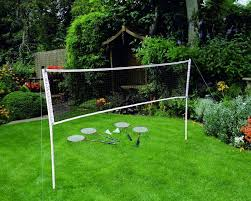 Backyard Picnic Games - a backyard badminton court to teach the kids that it is alright to