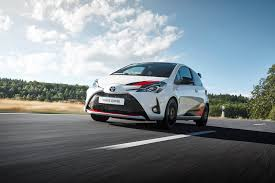 how to change oil on 2010 toyota yaris autoevolution