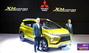 mitsubishi expander interior new mitsubishi mpv international scene autocar india forum