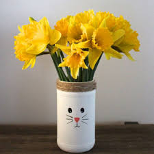 Cheap Easter Decorations Diy by Easter Crafts You Can Make Using Stuff From The Dollar Store