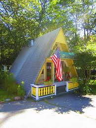 small a frame cabin plans relaxshacks com a tiny yellow a frame cabin cottage in maine