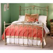 Bedroom Wa by Wesley Allen Merrick Queen Bed Wa Cb1042q