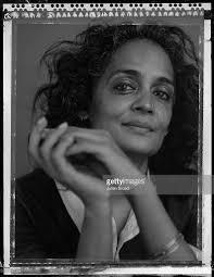 arundhati roy photos u2013 images de arundhati roy getty images