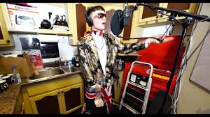 bexey in the kitchen with no jumper youtube