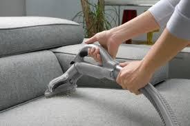 comment enlever des auréoles sur un canapé en tissu comment nettoyer un canapé convertible