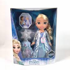 disney frozen northern lights elsa music and light up dress other girls frozen northern lights elsa