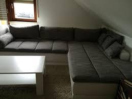 wohnzimmer couchgarnitur de pumpink wohnzimmer hängeschrank weiß hochglanz
