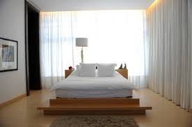 creating modern bedroom designs with platform bed home interior