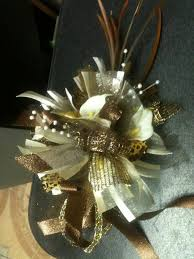 Corsage For Prom The 25 Best Wrist Corsage For Prom Ideas On Pinterest Corsage