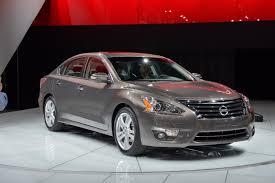 latest toyota car reviews toyota camry 2013 carmadness car reviews car
