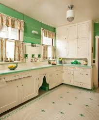 Old Fashioned Kitchen Cabinets Best 25 1920s Kitchen Ideas On Pinterest 1920s House Bungalow