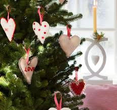 what s the best feng shui placement of my bed tips for the best feng shui placement of your christmas tree