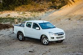 isuzu kb 250 d teq double cab 4x4 le 2015 review cars co za