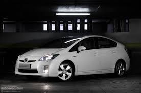 toyota prius brake recall toyota prius and lexus hs 250h 242 000 units recalled due to