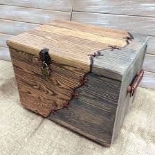 Build A Toy Box From Pallets by The 25 Best Wood Chest Ideas On Pinterest Pallet Chest Pallet