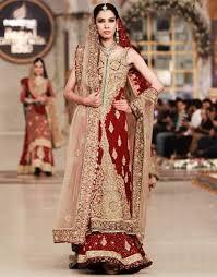 Different Ways Of Draping Dupatta On Lehenga 12 Styles To Drape Dupatta On Your Wedding Looksgud In