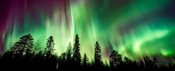 vacation to see the northern lights 11 best places to see the northern lights traveloni vacations