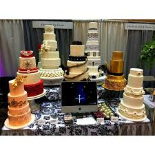 wedding cake disasters avoid wedding cake disasters what to ask your potential bakery