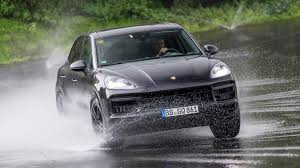 Porsche Cayenne 1st Generation - porsche cayenne suv 2017 ride review by car magazine