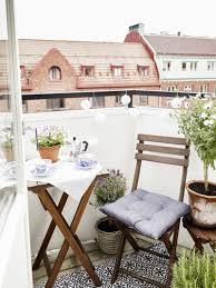 the essentials for a great patio the everygirl