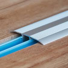 expansion joints when installing laminate flooring kronotex
