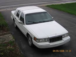 Lincoln Town Car Pictures 1992 Lincoln Town Car Overview Cargurus