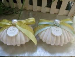 themed wedding favors 2017 new plastic white seashell wedding candy boxes
