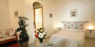simiane la rotonde chambre d hote le bicasson une chambre d hotes dans les alpes de haute provence