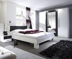 schlafzimmer in dunkellila uncategorized schönes schlafzimmer in dunkellila mit