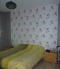 chambre avec papier peint beau papier peint chantemur chambre avec papier peint chambre adulte