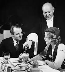 Blind Date Etiquette Dinner Date Etiquette The Art Of Manliness