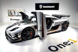 koenigsegg one 1 amazing car of the day the 2 million koenigsegg one 1 celebrity