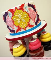 graduation cupcake ideas graduation cupcake stands pink cake box custom cakes more